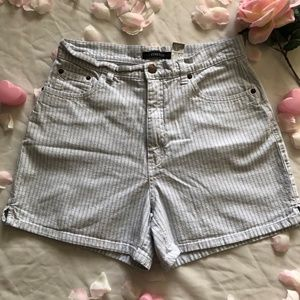 VTG HIGH WAISTED PIN STRIPED 90s MOM JEAN SHORTS